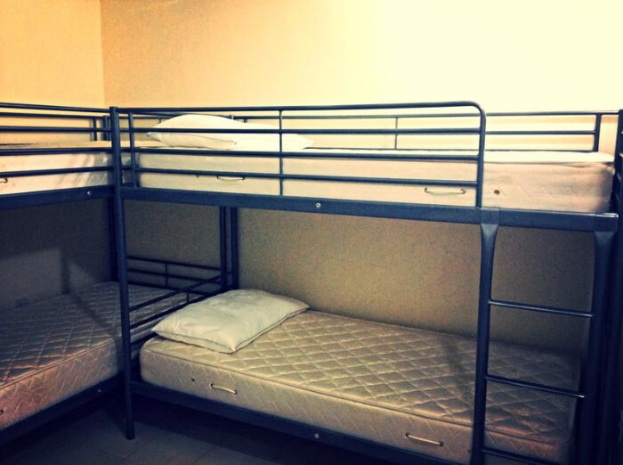 offers spacious rooms to the guests